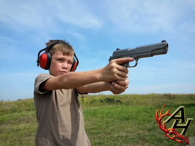 kid child shooting gun pistol
