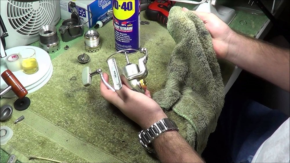 how to do maintenance, repair and take care of your spinning reel