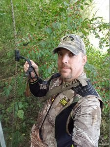 using a lifeline bowhunting treestand safety